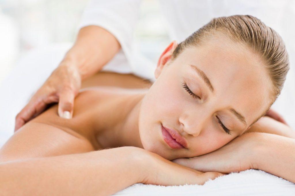 Clínica con masajes descontracturantes Valencia